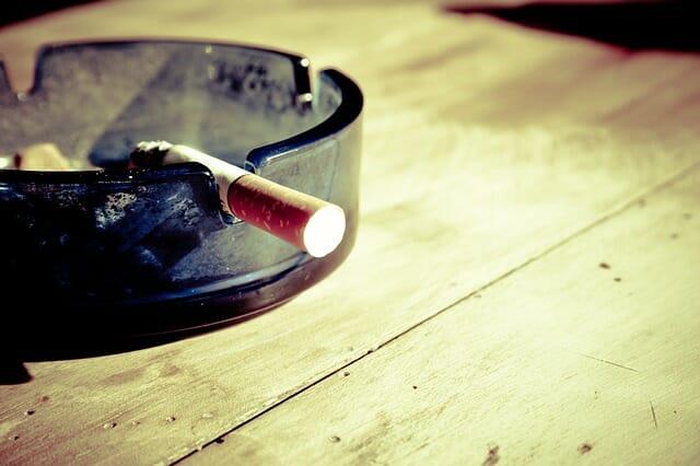 דיקור לגמילה מעישון